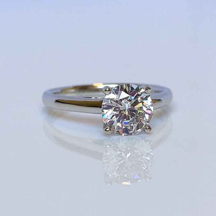 18ct White Gold & 1.35ct Diamond Solitaire Engagement Ring