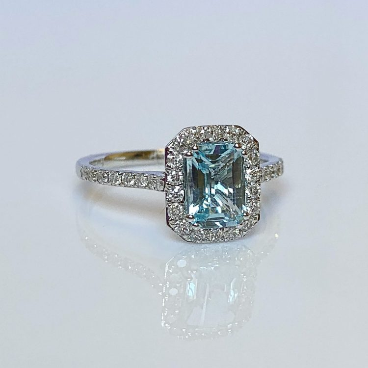 18ct White Gold, Emerald Cut Aquamarine & Diamond Halo Cluster Ring