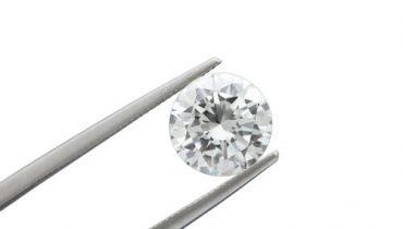 The 4 C's – How To Buy A Diamond