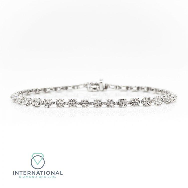 18ct White Gold & 3.00ct Diamond Cluster Tennis Bracelet