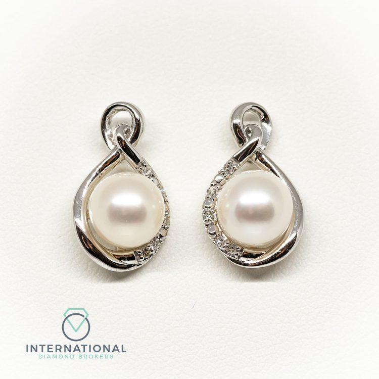 18ct White Gold, Pearl & Diamond Fancy Cluster Earrings